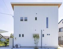 豊田市S様邸|スタイリッシュな白い家